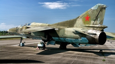 Photo ID 213470 by Alex Staruszkiewicz. Germany Air Force Mikoyan Gurevich MiG 23UB, 20 63