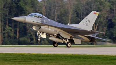 Photo ID 213592 by David F. Brown. USA Air Force General Dynamics F 16C Fighting Falcon, 00 0221