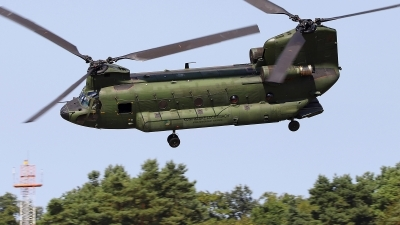 Photo ID 213626 by Frank Kloppenburg. Netherlands Air Force Boeing Vertol CH 47D Chinook, D 664