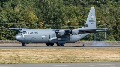 Photo ID 214199 by Paul Varner. USA Air Force Lockheed Martin C 130J 30 Hercules L 382, 07 4639