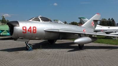 Photo ID 214247 by Carl Brent. Poland Air Force Mikoyan Gurevich MiG 17PF, 948