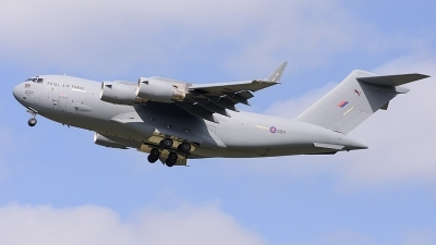 Photo ID 214457 by David Schmidt. UK Air Force Boeing C 17A Globemaster III, ZZ171