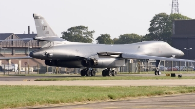 Photo ID 214589 by David Schmidt. USA Air Force Rockwell B 1B Lancer, 86 0122