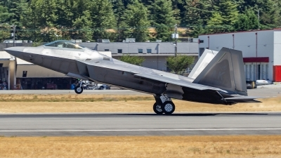 Photo ID 214937 by Paul Varner. USA Air Force Lockheed Martin F 22A Raptor, 07 4137