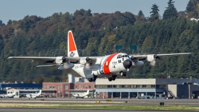 Photo ID 215065 by Paul Varner. USA Coast Guard Lockheed HC 130H Hercules L 382, 1704