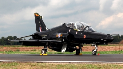 Photo ID 215428 by Carl Brent. UK Air Force BAE Systems Hawk T 2, ZK025