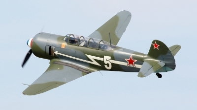 Photo ID 215511 by Maurice Kockro. Private Private Yakovlev Yak 11, D FJII