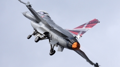 Photo ID 215581 by Fabio Radici. Denmark Air Force General Dynamics F 16AM Fighting Falcon, E 607