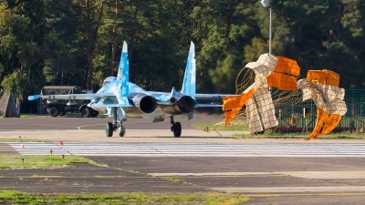 Photo ID 218757 by Alfred Koning. Ukraine Air Force Sukhoi Su 27P1M,