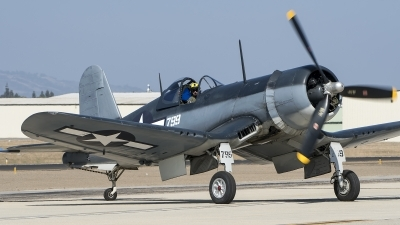 Photo ID 215873 by W.A.Kazior. Private Planes of Fame Air Museum Vought F4U 1A Corsair, NX83782