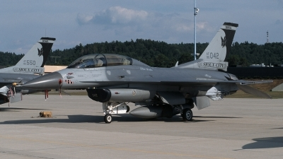 Photo ID 215871 by Henk Schuitemaker. USA Air Force General Dynamics F 16D Fighting Falcon, 86 0042