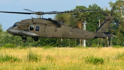 Photo ID 216917 by Stephan Franke - Fighter-Wings. USA Army Sikorsky UH 60M Black Hawk S 70A, 16 20837