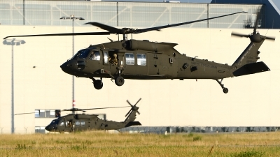 Photo ID 216919 by Stephan Franke - Fighter-Wings. USA Army Sikorsky UH 60M Black Hawk S 70A, 16 20841
