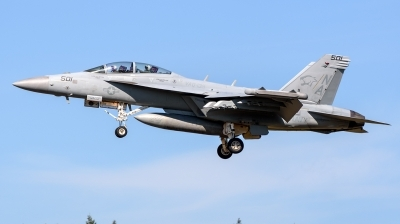 Photo ID 216898 by Mark Munzel. USA Navy Boeing EA 18G Growler, 168257