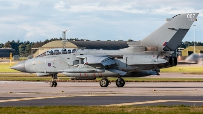 Photo ID 217072 by Mike Macdonald. UK Air Force Panavia Tornado GR4, ZD739