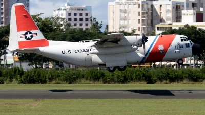Photo ID 217655 by Hector Rivera - Puerto Rico Spotter. USA Coast Guard Lockheed HC 130H Hercules L 382, 1704