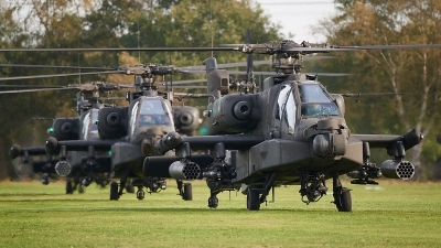 Photo ID 217886 by Lieuwe Hofstra. Netherlands Air Force Boeing AH 64DN Apache Longbow, Q 26