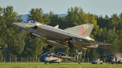 Photo ID 218056 by Radim Spalek. Private Swedish Air Force Historic Flight Saab J35J Draken, SE DXR