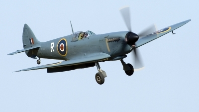 Photo ID 219074 by Joop de Groot. Private Private Supermarine 365 Spitfire PR11, G MKXI
