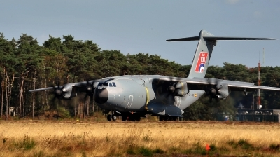 Photo ID 219867 by Alex Staruszkiewicz. Company Owned Airbus Airbus A400M Atlas, EC 400