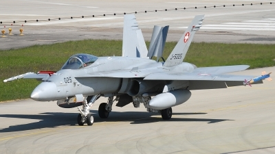 Photo ID 220137 by Matthias Becker. Switzerland Air Force McDonnell Douglas F A 18C Hornet, J 5025