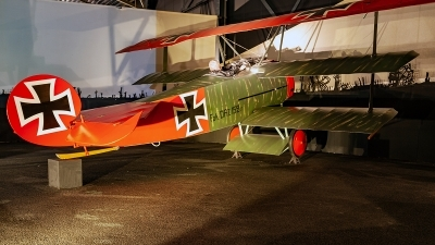Photo ID 228361 by Jan Eenling. Germany Air Force Fokker Dr 1 Triplane Replica, 152 17