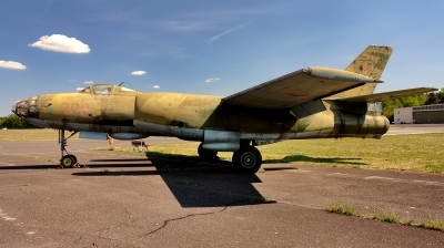 Photo ID 220323 by Alex Staruszkiewicz. East Germany Air Force Ilyushin IL 28B, 208