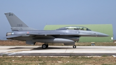 Photo ID 220513 by D. A. Geerts. Italy Air Force General Dynamics F 16B Fighting Falcon, MM7266