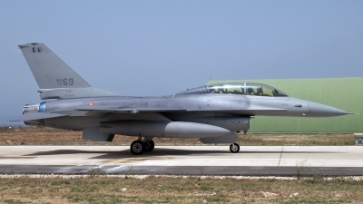 Photo ID 220514 by D. A. Geerts. Italy Air Force General Dynamics F 16B Fighting Falcon, MM7269