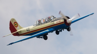 Photo ID 220543 by Andreas Zeitler - Flying-Wings. Romania Air Force Yakovlev Aerostar Iak 52 Yak 52, 42