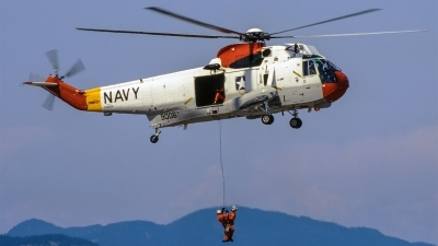 Photo ID 220989 by Mark Munzel. USA Navy Sikorsky UH 3H Sea King, 149006