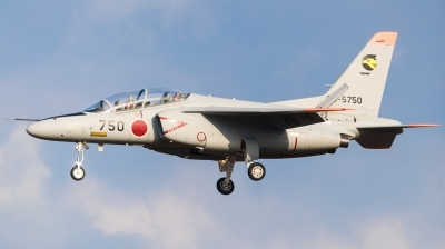 Photo ID 221143 by Andreas Zeitler - Flying-Wings. Japan Air Force Kawasaki T 4, 66 5750