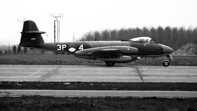 Photo ID 221404 by Joop de Groot. UK Air Force Gloster Meteor F 8, VZ467