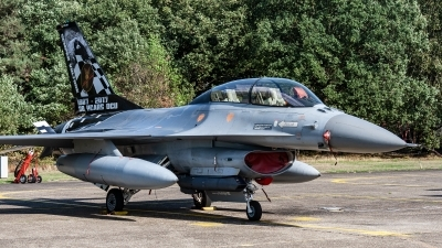 Photo ID 221472 by Jan Eenling. Belgium Air Force General Dynamics F 16BM Fighting Falcon, FB 24