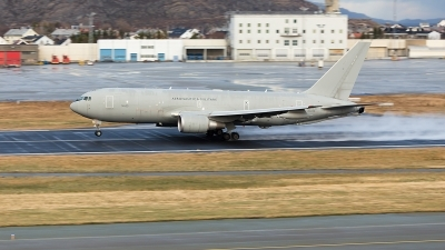Photo ID 221516 by Jan Philipp. Italy Air Force Boeing KC 767A 767 2EY ER, MM62228