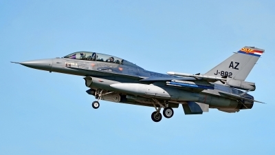 Photo ID 221598 by Dieter Linemann. Netherlands Air Force General Dynamics F 16BM Fighting Falcon, J 882