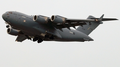 Photo ID 221717 by Thanh Ho. Australia Air Force Boeing C 17A Globemaster III, A41 206
