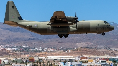 Photo ID 222051 by Adolfo Bento de Urquia. UK Air Force Lockheed Martin Hercules C4 C 130J 30 L 382, ZH872