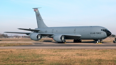 Photo ID 222096 by Carl Brent. USA Air Force Boeing KC 135R Stratotanker 717 100, 57 1493