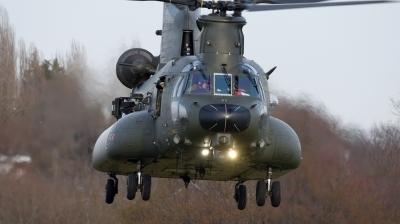 Photo ID 222362 by Mike Hopwood. UK Air Force Boeing Vertol Chinook HC5 MH 47E, ZH900