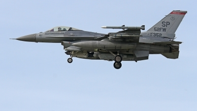Photo ID 222626 by Fernando Sousa. USA Air Force General Dynamics F 16C Fighting Falcon, 91 0352