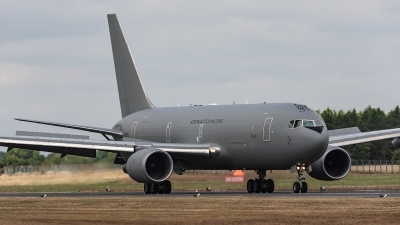 Photo ID 222722 by Jan Eenling. Italy Air Force Boeing KC 767A 767 2EY ER, MM62228