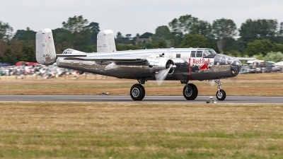 Photo ID 222735 by Jan Eenling. Private Red Bull North American B 25J Mitchell, N6123C