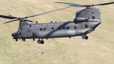 Photo ID 222921 by Barry Swann. UK Air Force Boeing Vertol Chinook HC3 MH 47E, ZH903