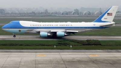 Photo ID 223118 by Thanh Ho. USA Air Force Boeing VC 25A 747 2G4B, 92 9000