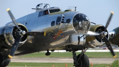 Photo ID 25620 by Cory W. Watts. Private Yankee Air Force Boeing B 17G Flying Fortress 299P, N3193G