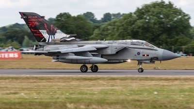 Photo ID 223254 by Jan Eenling. UK Air Force Panavia Tornado GR4, ZA492