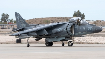 Photo ID 223643 by W.A.Kazior. USA Marines McDonnell Douglas AV 8B Harrier ll, 165006