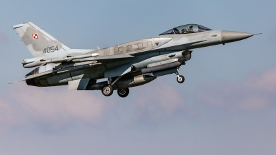 Photo ID 224661 by Jens Wiemann. Poland Air Force General Dynamics F 16C Fighting Falcon, 4054