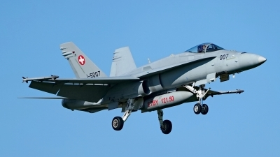 Photo ID 224778 by Dieter Linemann. Switzerland Air Force McDonnell Douglas F A 18C Hornet, J 5007